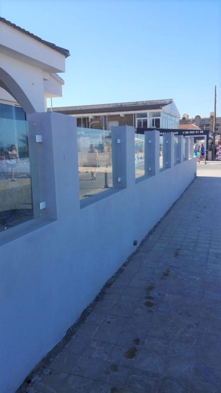 Restaurant on the First Line of the Sea in Maritime Walkway of La Mata Beach