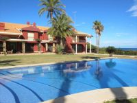 Exclusive and Elegant First Line Villa with Direct Access to the Sea, Denia
