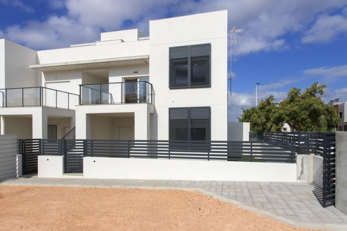 New Mediterranean-style Residential of Bungalows and QUADS in Aguas Nuevas